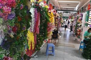 Yiwu artificial flower market