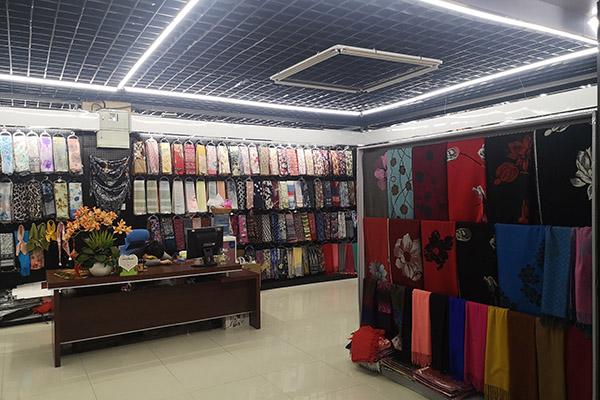 Yiwu scarf market Featured Image