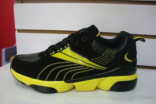 Good Wholesale Vendors China Export Service -  Sport shoes yiwu footwear market yiwu shoes10502 – Kingstone Featured Image