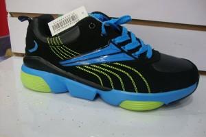 Big Discount Shipping Agent In China -    Sport shoes yiwu footwear market yiwu shoes10499 – Kingstone